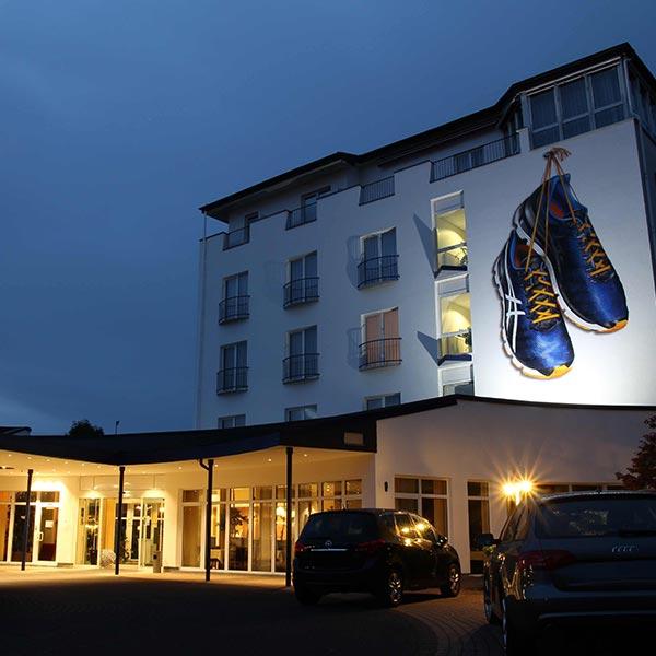 Hotelansicht Nacht